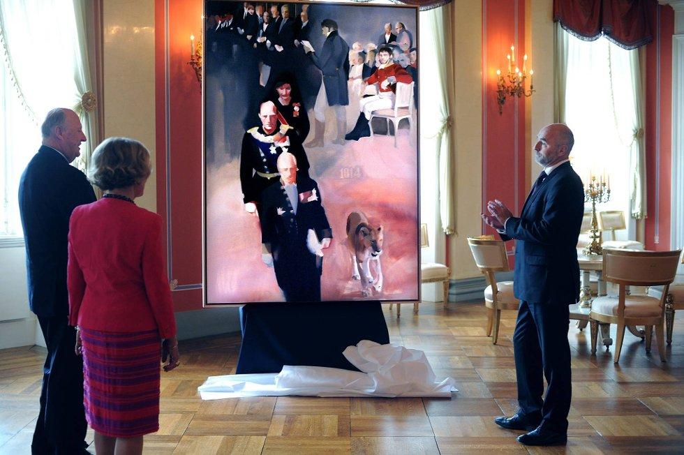 Stortingets gave til kongen og dronningen på deres 75-årsdager er et maleri med Kong Haralds edsavleggelse i Stortinget 21. januar 1991 som motiv. Kunstneren bak maleriet er Anne Sofie Monrad Vistven. Stortingspresident Dag Terje Andersen overrakte gaven til kongeparet.