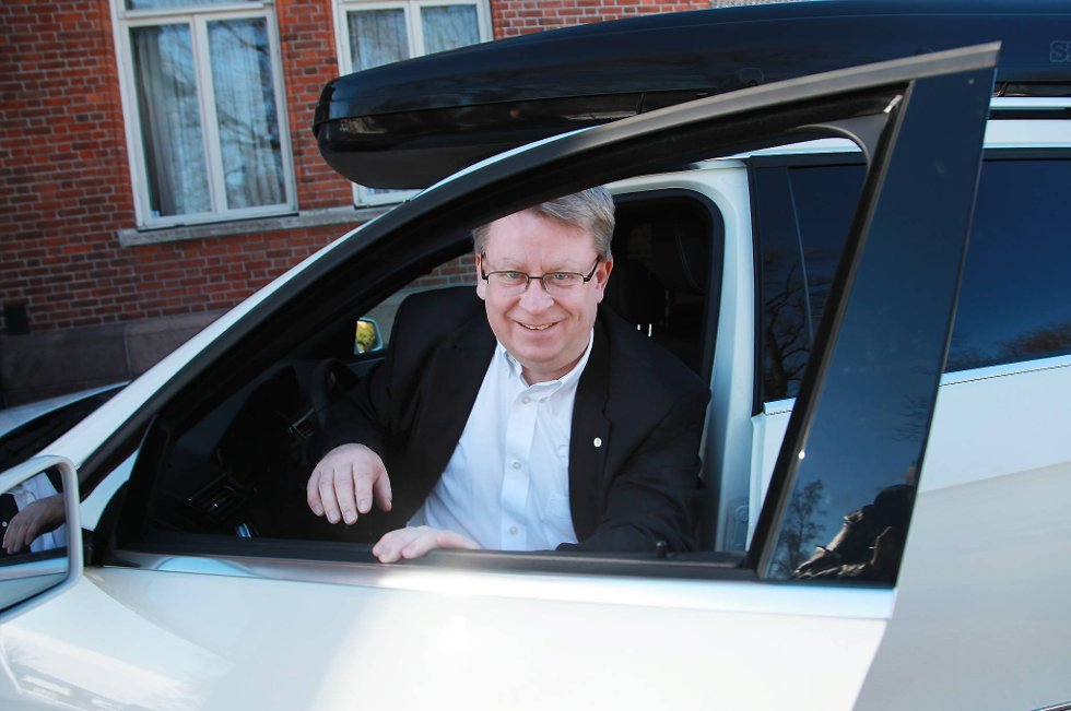 Hallgeir Raknerud tiltrer som generalsekretær i Norges Bilsportforbund. Han overtar stillingen etter Arild Antonsen.