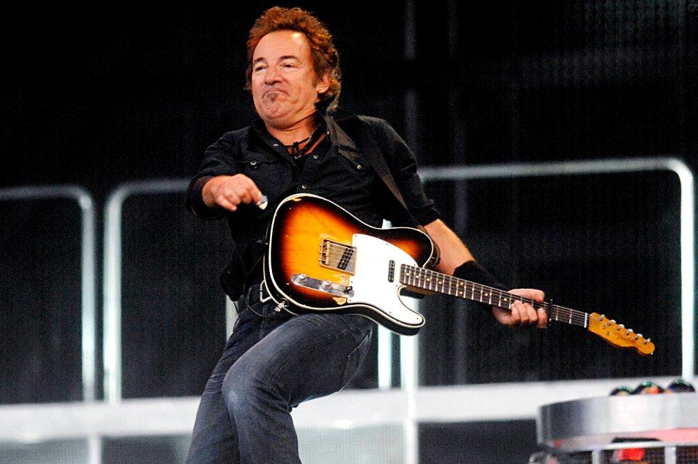 Bruce Springsteen bør skrive en eventuell ny nasjonalsang, mener amerikanerne.