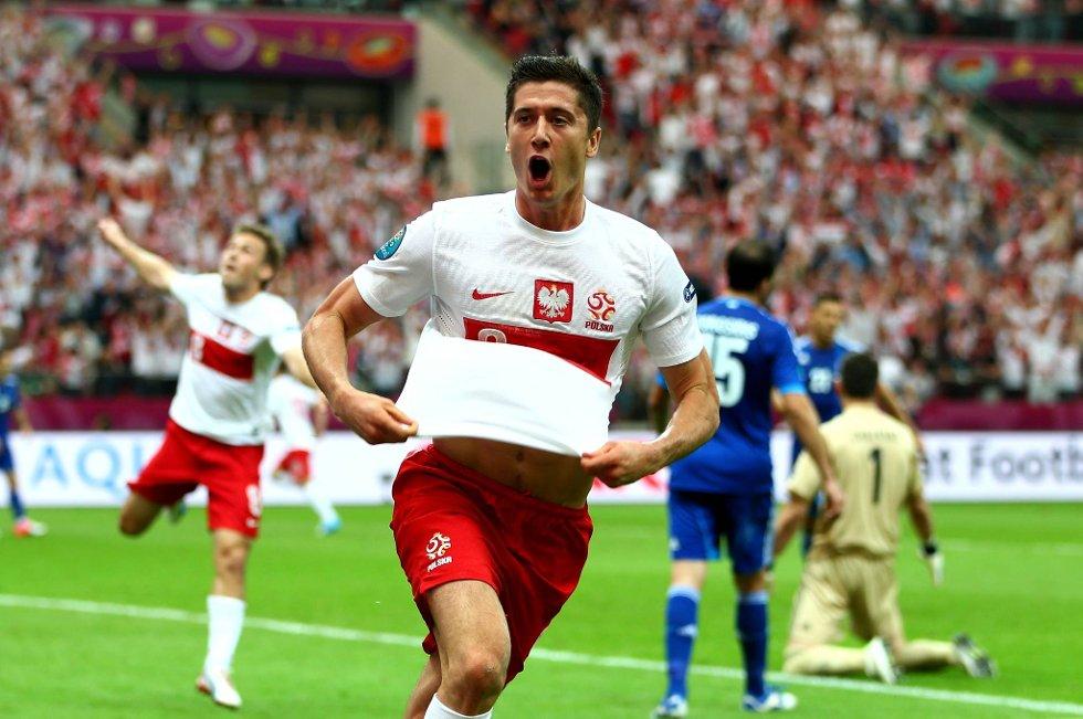 Robert Lewandowski scoret for Polen mål mot Hellas.