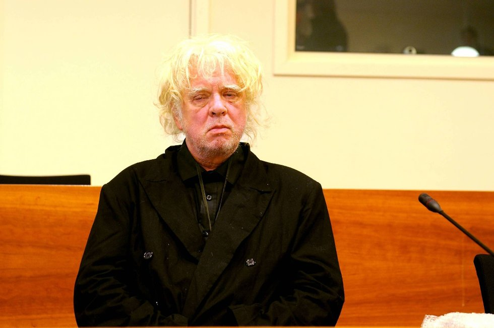 Odd Nerdrum står tiltalt for å ha solgt malerier for 14 millioner kroner i perioden 1998-2002 uten å føre inntektene opp på selvangivelsen.