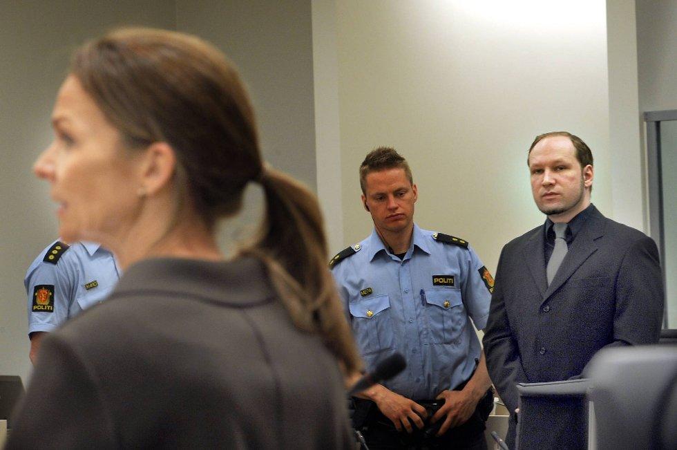 Torgeir Husby og Synne Sørheim (bildet) mener Anders Behring Breiviks fremste drivkraft ikke var politisk, men voldsfantasier og genuint opplevd livsfare.