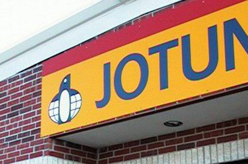 Flere av Jotuns underleverandører i Larvik og Sandefjord er siktet i korrupsjonssaken.