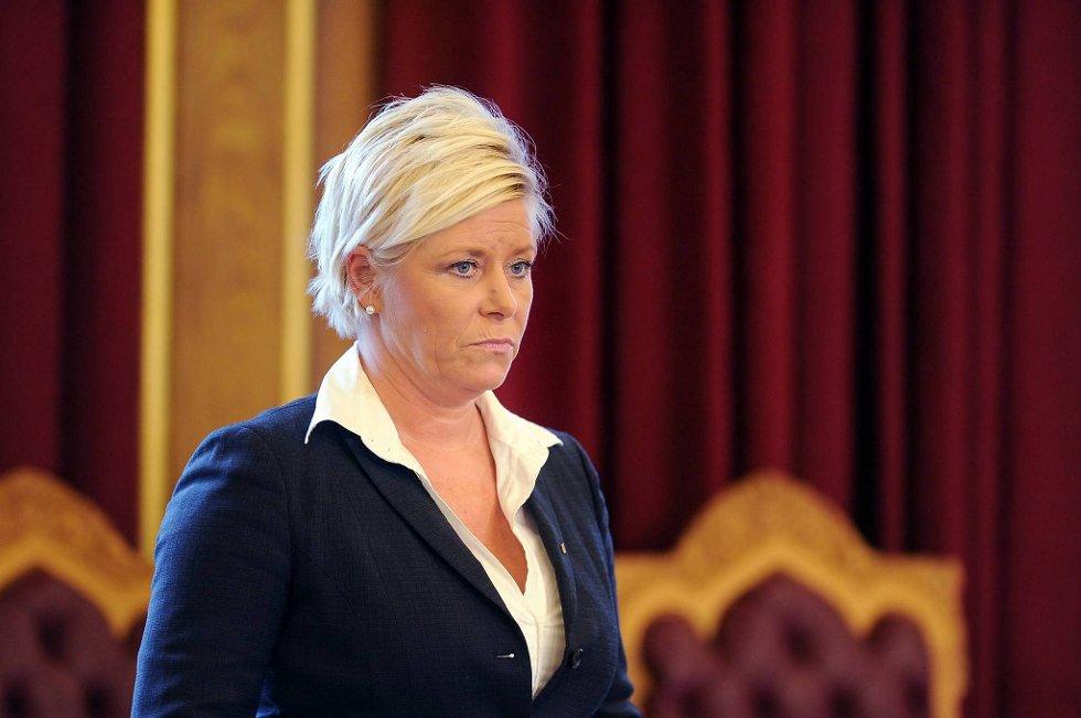 Av 30 komitémøtene til Forsvars- og utenrikskomiteen hadde Siv Jensen bare tid å møte på to.