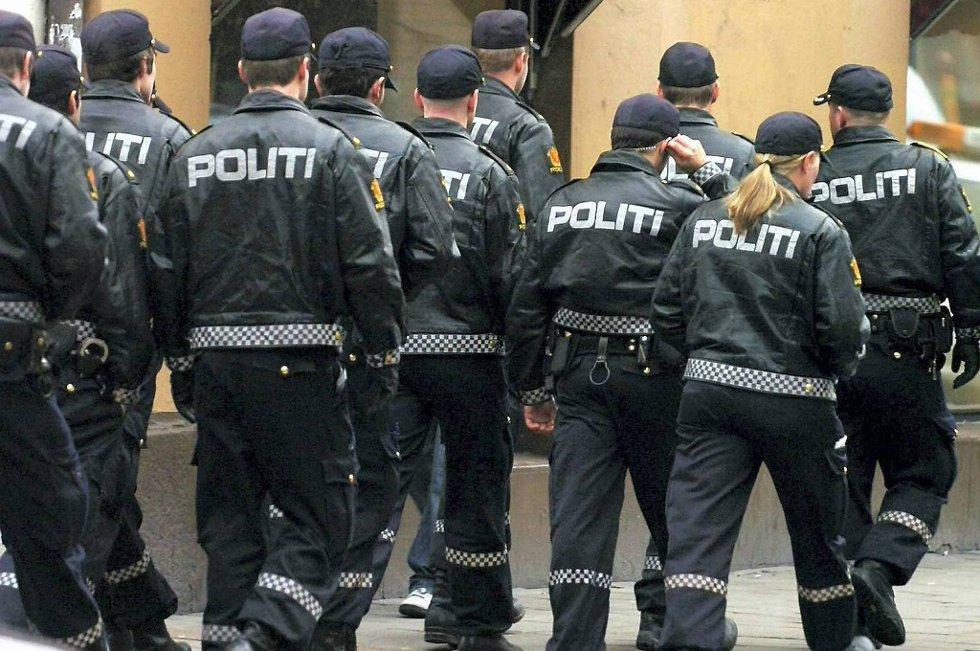 Mens vold ellers i samfunnet går ned er fysiske angrep mot politiet økt i antall. Over 60 prosent av alle landets polititjenestemenn opplevde vold i tjeneste i fjor.