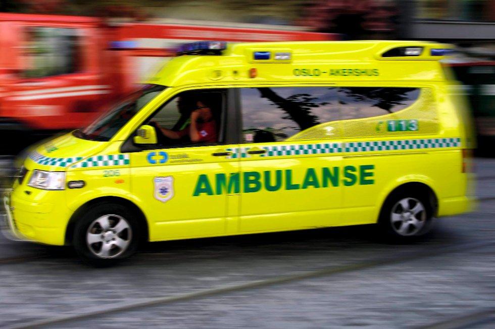 Tilstanden er torsdag morgen alvorlig for en 49-åring som falt i sjøen ved Bryggen i Bergen natt til torsdag.