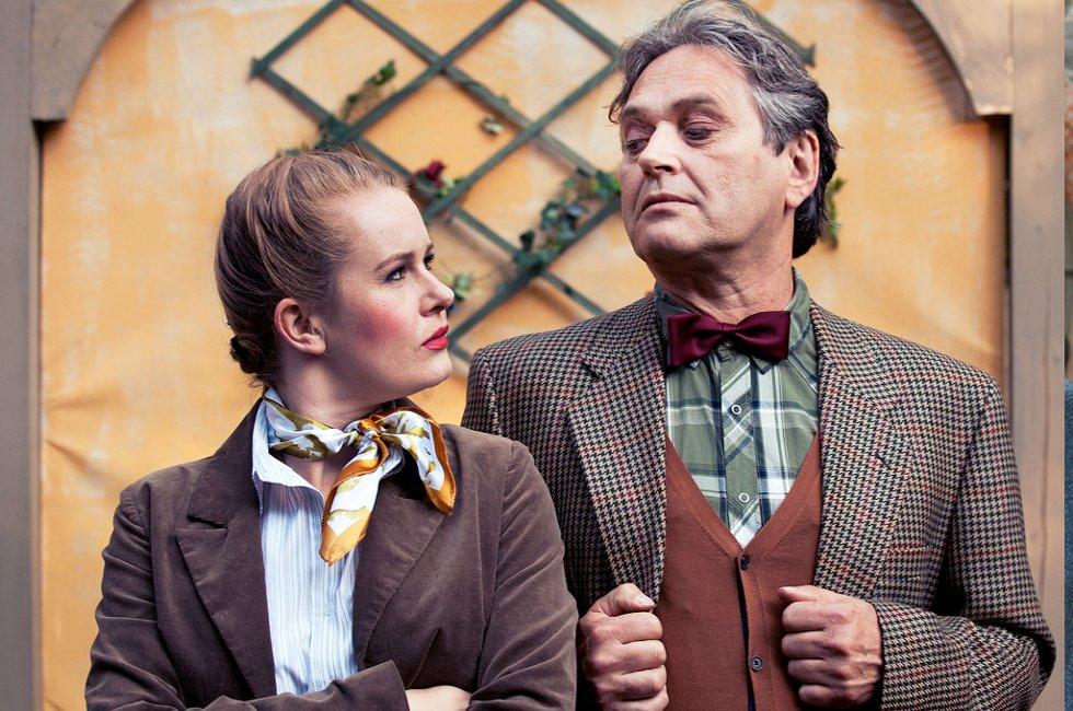 ?Jeg har nok blitt påvirket av pappas teaterengasjement, men han har aldri oppfordret meg til å bli skuespiller?, forteller Joanna Myrelli.