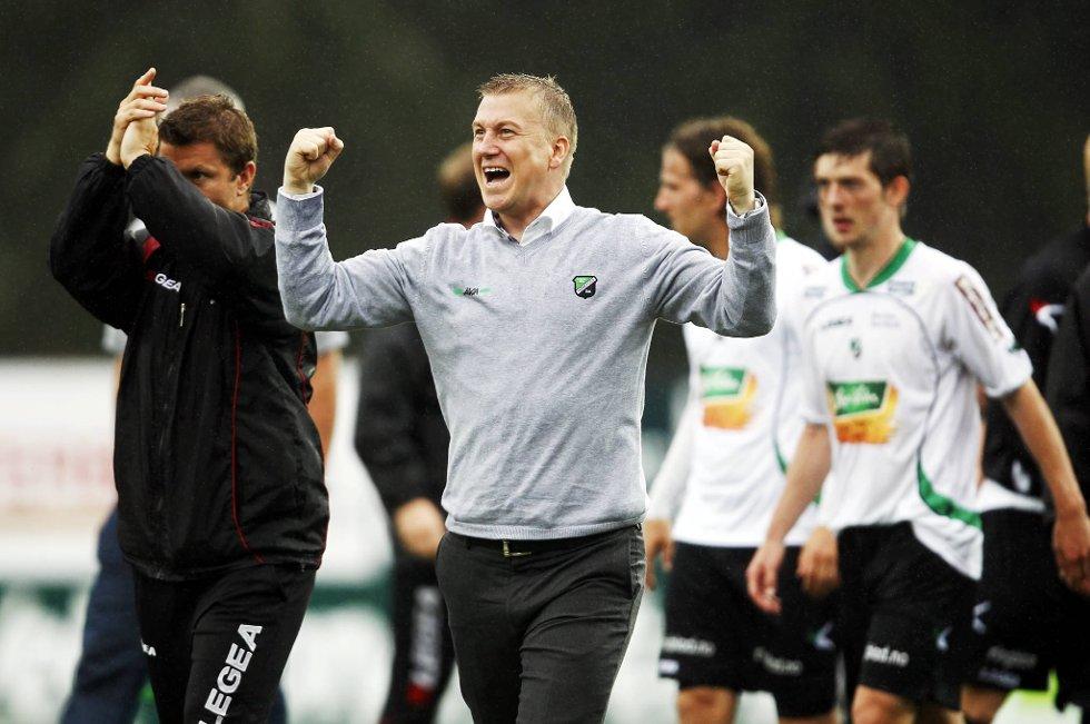 Leif Gunnar Smedrud og Hønefoss tapte forrige hjemmekamp, men tar de seieren på AKA Arena mot Viking i dag?