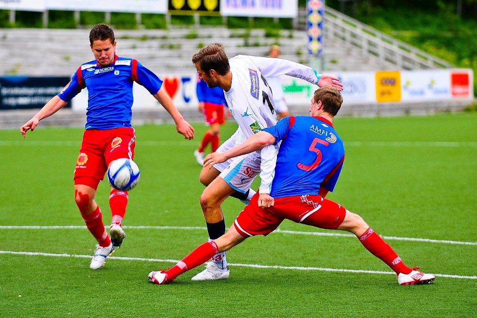 Det ble kun 0-0 og poengdeling for Øyvind Hoås (i hvitt) og resten av Sarpsborg 08-mannskapet i bortekampen mot Tromsdalen søndag kveld.