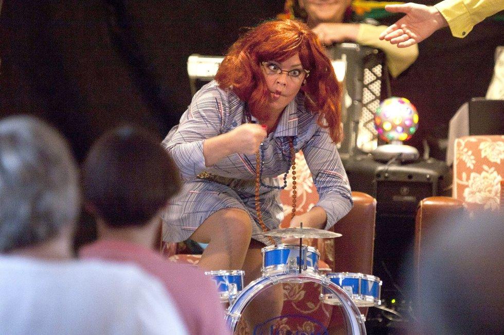 Mimikk: Cathrine Bengtson er hysterisk når hun danser og bruker ansiktsmimikken sin.