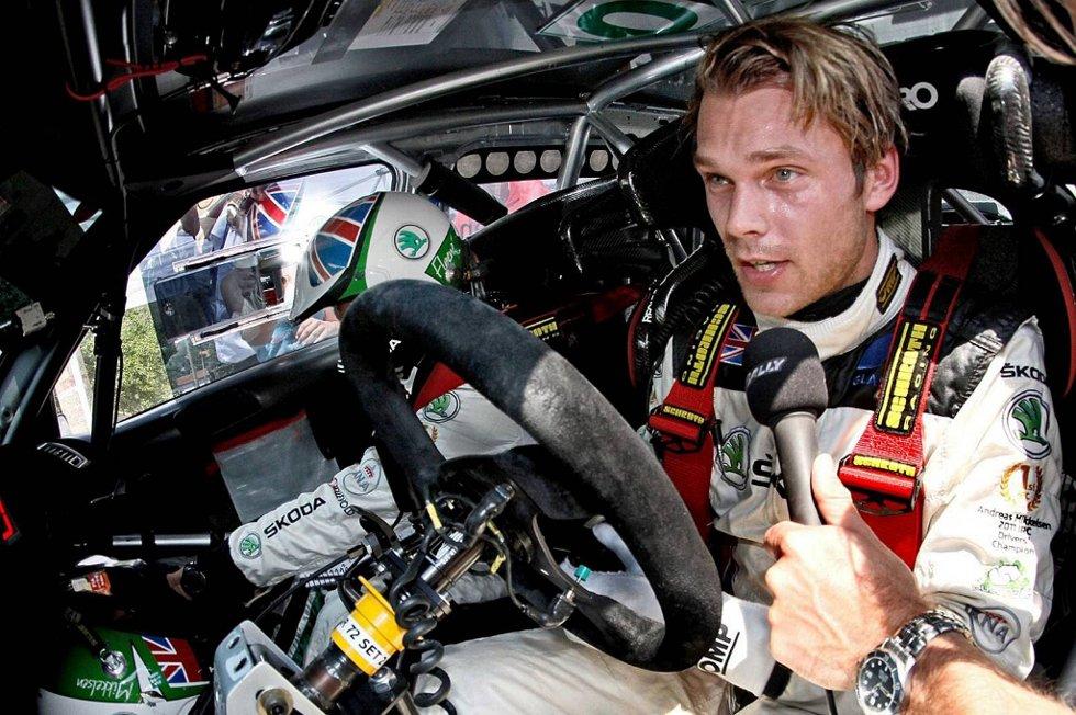 Alt har fungert veldig bra for oss, og den siste kveldsetappen fredag var fantastisk. Det var en utfordrende etappe, men vi kjørte kontrollert hele veien, sier Andreas Mikkelsen.