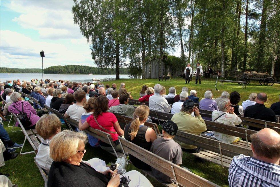 Gammelvala i Brunskog 2012. Frødinsspelet samler mange tilhørere hvert år. FOTO: FREDE Y. ERIKSEN *** Local Caption *** Foto: Frede Y. Eriksen (Foto: )