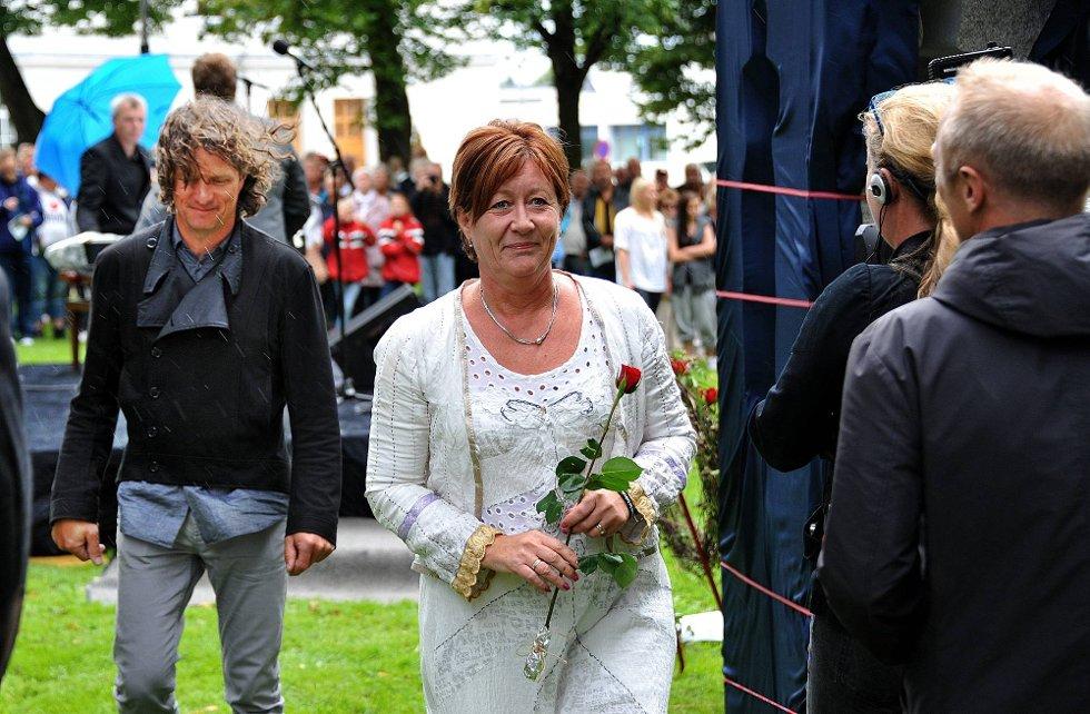 Minnemarkering etter 22 juli, Unni Espeland Marcussen og Nico Widerberg *** Local Caption *** Foto: Jarl M (Foto: )