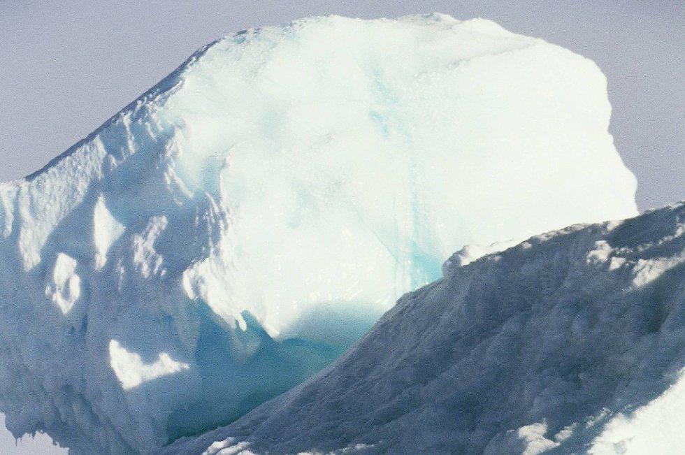 Issmeltingen er større enn noen gang i løpet av de 30 årene isen har vært overvåket av satellitter.