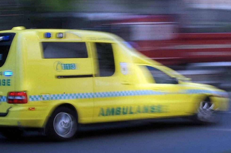 To personer er fraktet til sykehus etter en trafikkulykke på E6 ved Harran i Nord-Trøndelag.
