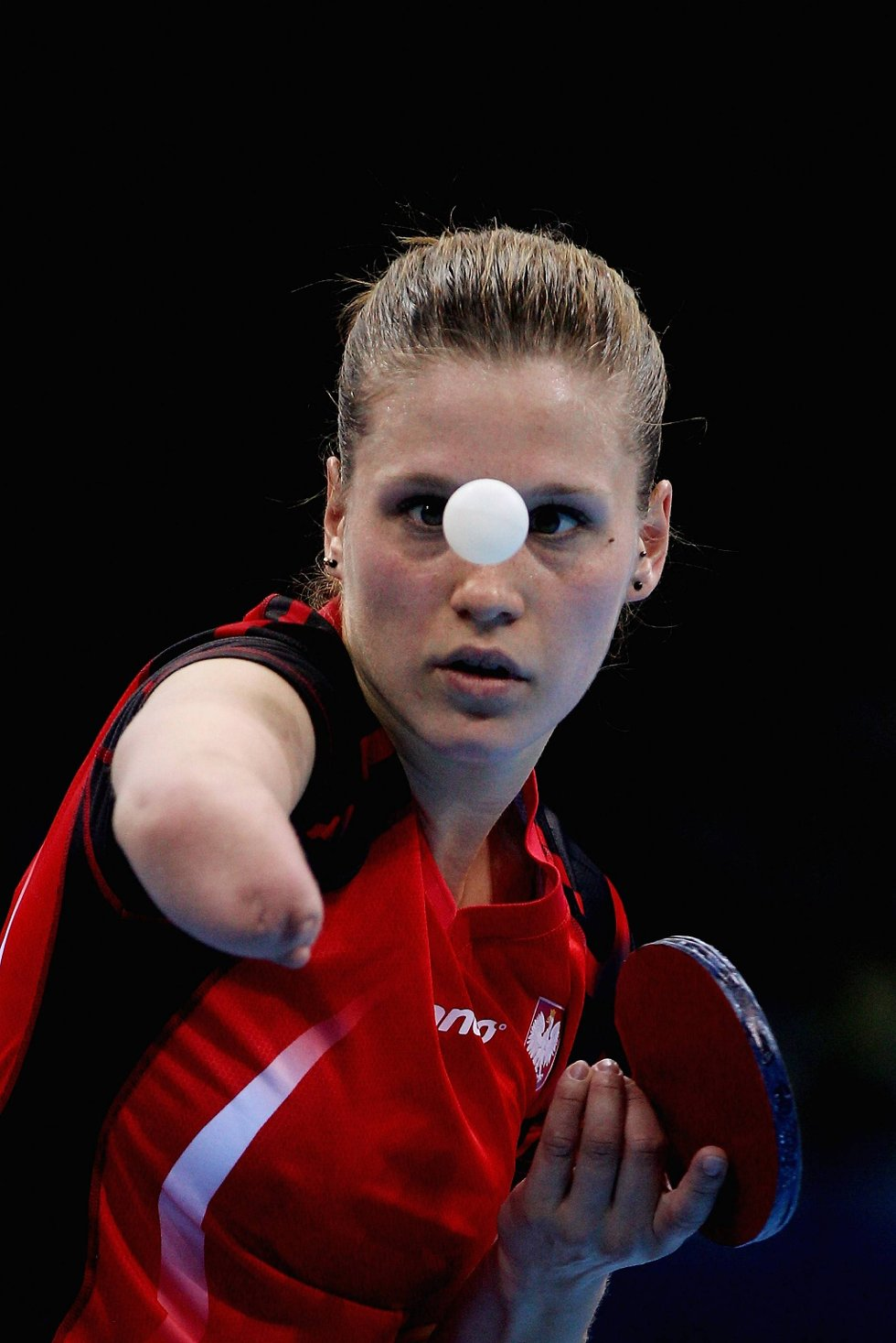 Enarmede polske Natalia Partyka har imponert alle med sine bordtennisferdigheter.  (Foto: Feng Li, Getty Images/All Over Press/ANB)