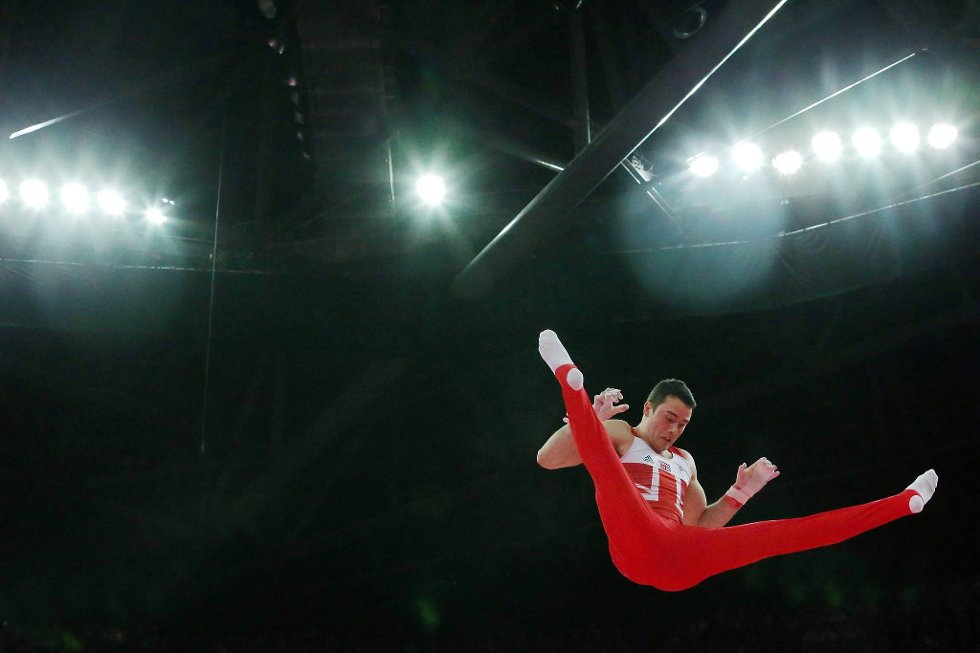 Finner han stangen? Britiske Kristian Thomas flyr høyt under finalen. (Foto: Ronald Martinez, Getty Images/All Over Press/ANB)