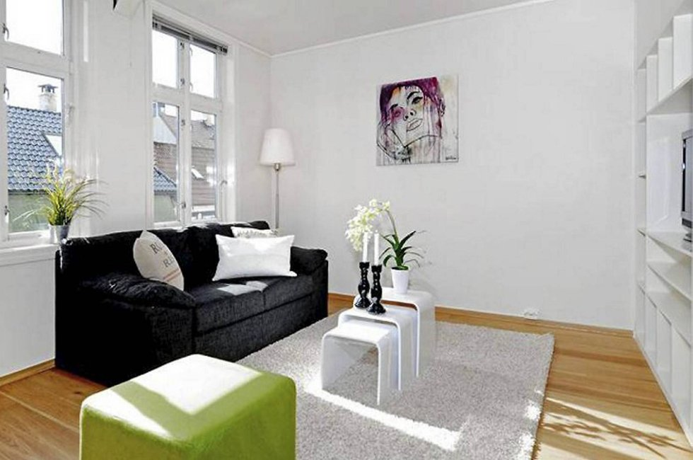 Denne leiligheten er 30 kvadratmeter, og ble solgt for over to millioner kroner i juli. 60 personer viste interesse, og prisantydningen var i utgangspunktet halvannen million.