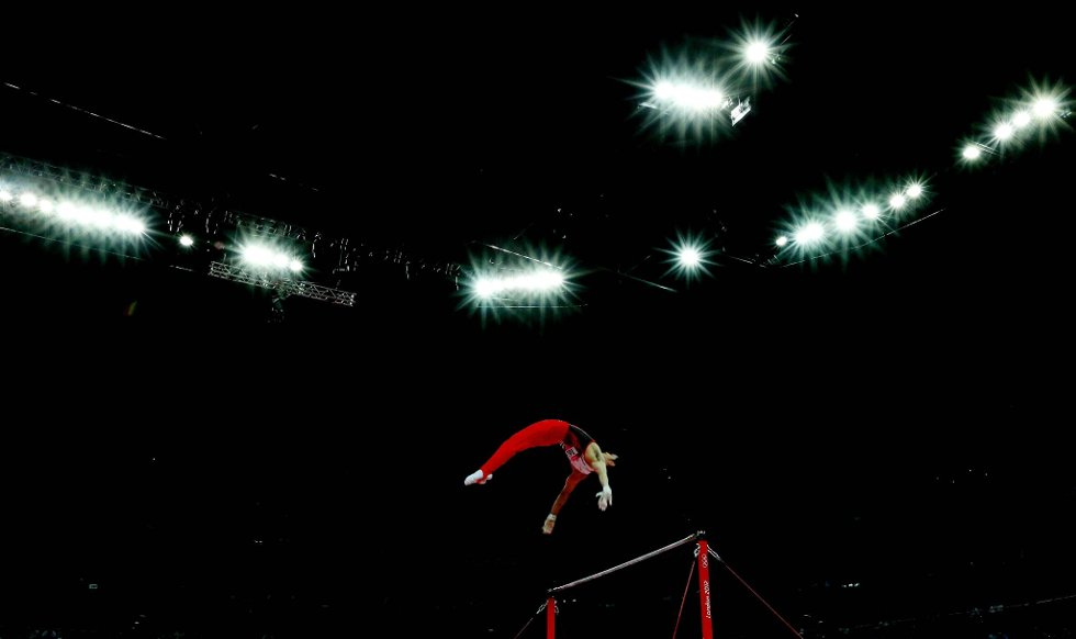 Japanske Kazuhito Tanaka i svingstang. (Foto: Ezra Shaw, Getty Images/All Over Press/ANB)