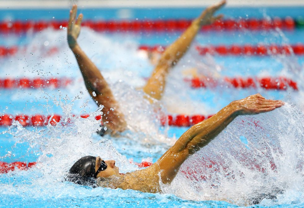 Godt disse er svømmere og ikke synkronstupere. (Foto: Al Bello, Getty Images/All Over Press/ANB)