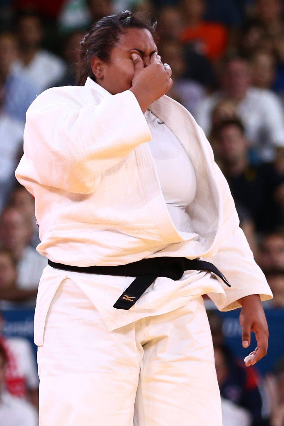 Jo større de er jo hardere faller de. Og Maria Altheman fra Brasil var størst - og falt hardest... (Foto: Quinn Rooney, Getty Images/All Over Press/ANB)