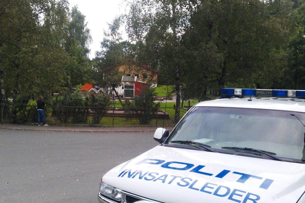Politiet har funnet skoene og mobiltelefonen til jenta ved denne barnehagen like i nærheten av der hun bor på Østensjø i Oslo.