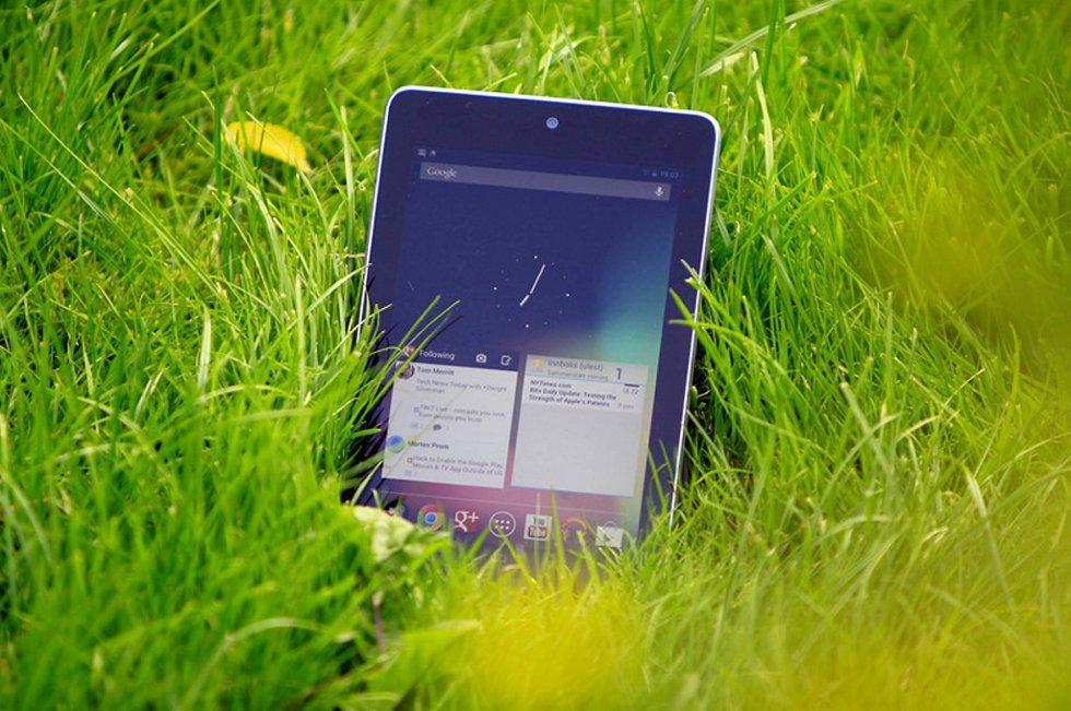 Nexus 7 er det første nettbrettet fra Google, og er laget i samarbeid med Asus.