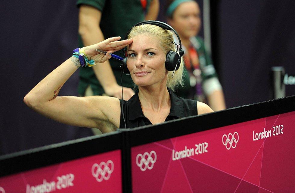Giv akt! Mia Hundvin er ekspertkommentator for NRK, og humøret er på plass. (Foto: Vidar Ruud, ANB)