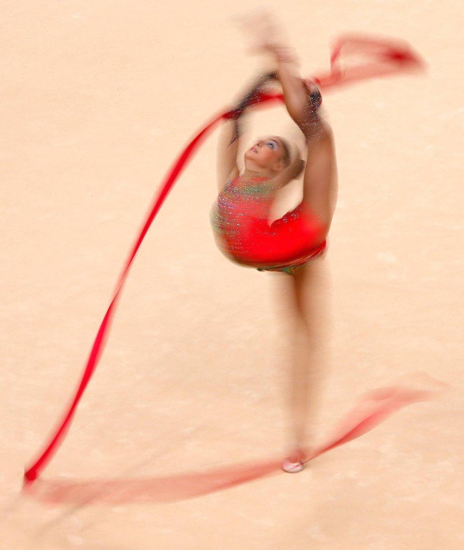 Jana Berezko-Marggrander i aksjon i finalen i rytmisk sportsgymnastikk. (Foto: Jamie Squire, Getty Images/All Over Press/ANB)