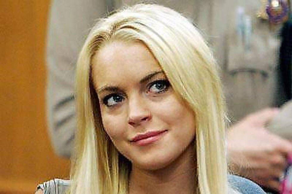 Lindsay Lohan har det med å rote det til for seg. Nå hevder TMZ at skuespilleren har stukket fra en saftig hotellregning.