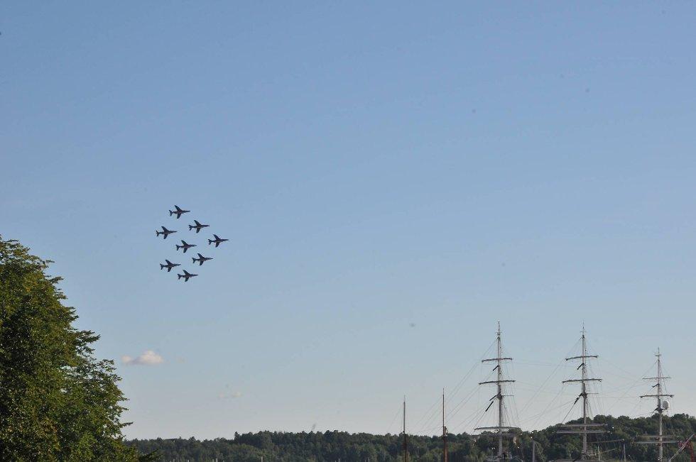 Som en feiring på luftforsvarets 100-årsjubileum arrangerer Forsvaret Norsk Militær Luftmakt 2012. (Foto: Øystein Bjerkestrand)