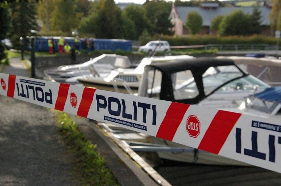 En død mann ble funnet i småbåthavna i Gjøvik torsdag ettermiddag.