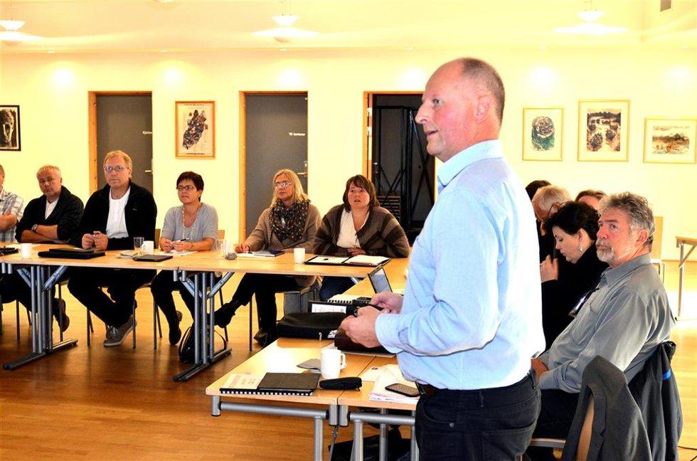 Advarte: Rådmann Knut Haugen maner politikerne til å investere langt mindre enn det er planlagt.