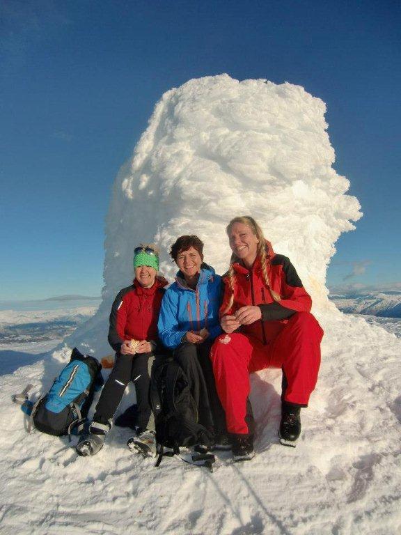 Anita, Anette og Elisabeth på tur til Tveitakvitingen 23.2.2013.                                   (Foto: Elisabeth Andersen)