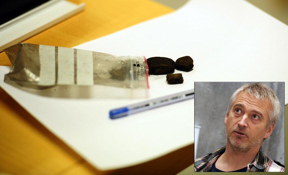 Politiet i Kristiansund har den siste tiden hatt stort fokus på å ta ungdom som eksperimenterer med hasj. - Yngstemann har ikke fylt 16 år ennå, sier teamleder Knut Fugelsnes i rus- og vinningsgruppa på politistasjonen i Kristiansund.