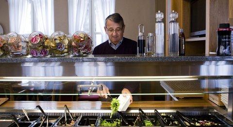 Stortingsrepresentant Per-Kristian Foss (62) velger sunnere enn før i kantina.