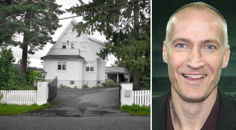 Erik Thorstvedt og kona flyttet nylig inn i denne eneboligen i Tjernsrudveien på Jar. Paret måtte ut med 13.200.000 kroner for eiendommen.
