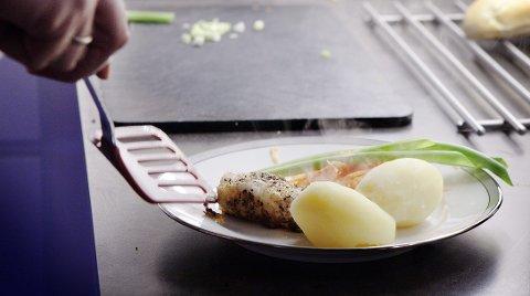 Mange strever med å få i seg sunn mat i hverdagen.