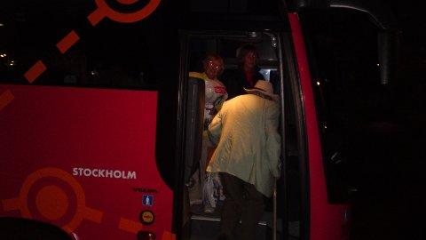 Moss avis   eldre par kastet av bussen fra go by bus
