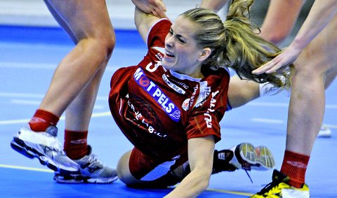 Kamilla Ersek sliter med ryggplager, men hun spilte mot Njård.