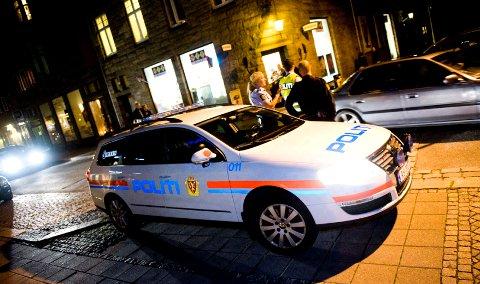 Politiet har hatt måttet håndtere mye fyll i en del fyll og bråk i natt.
