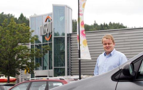 I dag er det gratis å parkere ved Mosseporten Senter og andre kjøpesentre. Slik bør det fortsatt være, sier Erlend Wiborg, som synes at regjeringens forslag om betalingstvang er «mildt sagt dårlig».