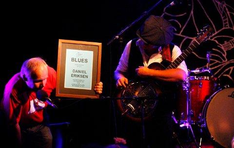 BLUESKVELD PÅ BARACOA: Vidar Busk & His True Believers, Asker- og Bærums-bandet «The Sheakspears» og Bluesartist Daniel Eriksen spilte opp under Blueskvelden på Baracoa fredag FOTO: ANETTE ANDRESEN.