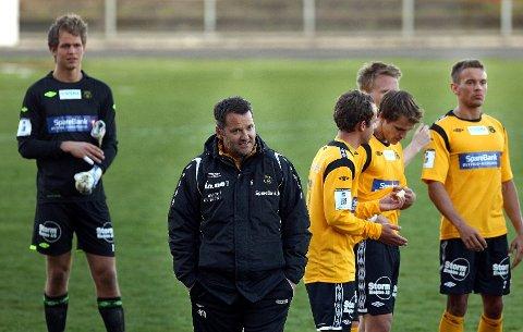 MFK-trener Tor Thodesen kunne smile til slutt
