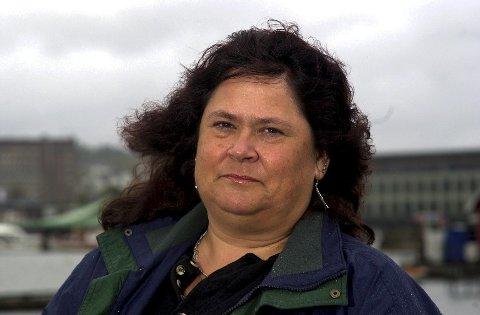 Sonja Mandt, leder for Vestfold Arbeiderparti, ber Regjeringen utvide satsingen på Vestfoldbanen. Foto: Olaf Akselsen