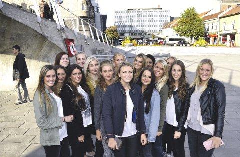 """Russebussen """"Primadonna"""" fra Fredrikstad ble stemt frem av 36.000 russ somsuveren vinner i kategorien """"Folkets favoritt""""."""