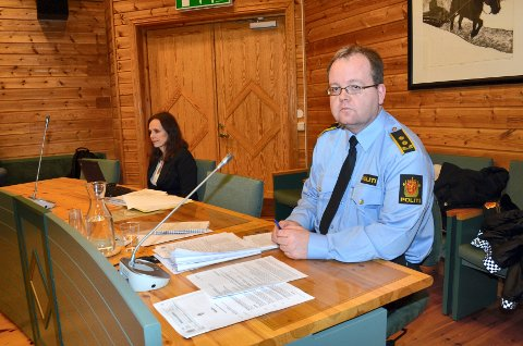 Politiet har utvidet siktelsen mot den voldtektsiktete elverumsingen. Han er nå siktet for fem voldtekter, begått mot tre forskjellige kvinner, opplyser politiadvokat Henning Klauseie.