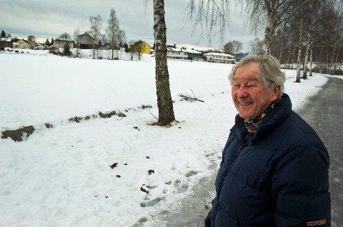 Erik Robert Christiansen talte 150 hundeekskrementer på en strekning på snaue 200 meter.