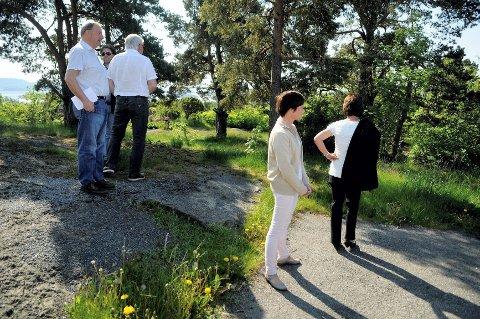 Befaring på Åsanetoppen 10 - planutvalget godkjenner Kjell Arne Hanstads søknad.