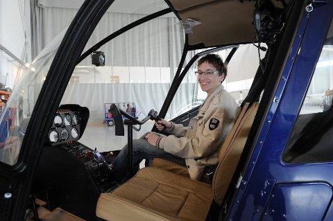 Thijn Smits (14) fra Oppland er en målbevisst ung mann. Sammen med mor og far, bor han nå i bobil for at han skal kunne jobbe hos European Helicopter Center på Torp under skolens arbeidsuke. Hans store drøm er å bli pilot for Luftambulansen.